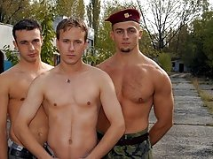 free naked military guys