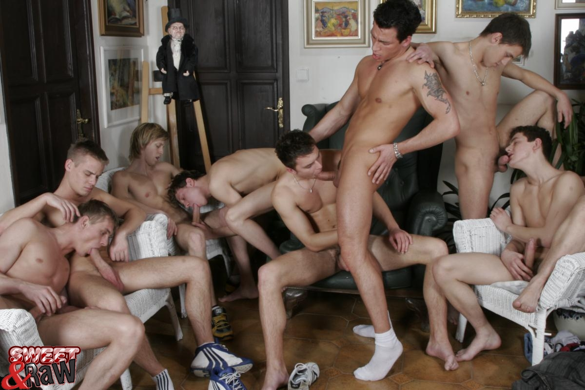 gay cumjerkingoff gay groupsex