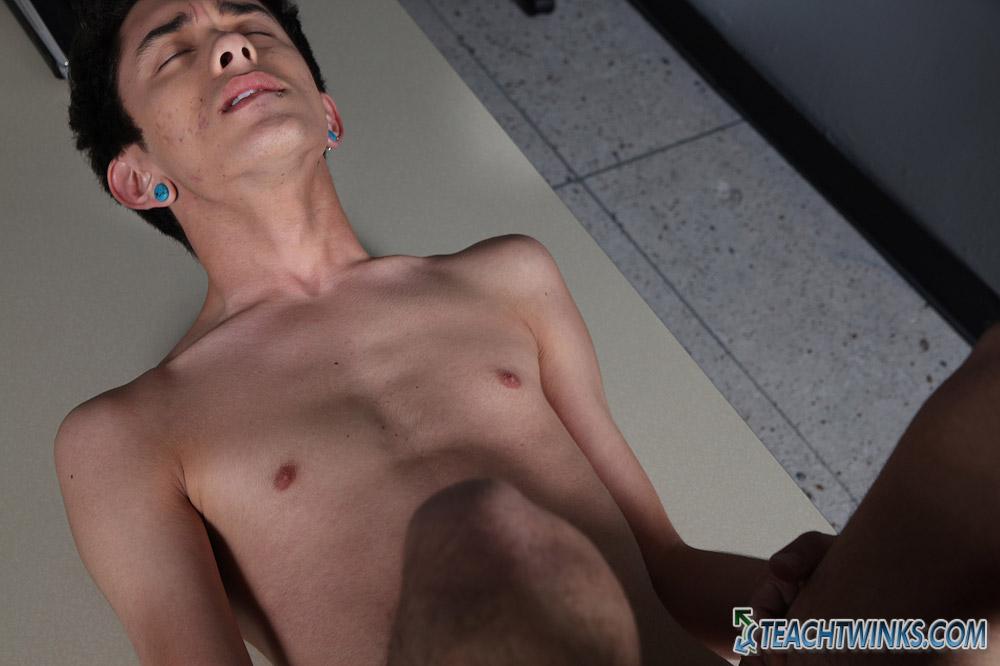 Gay emo porno