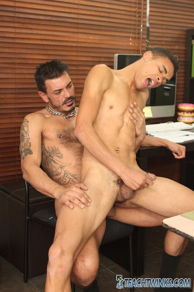 Ecuadorian Gay Porn