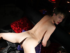 twink uses different techniques of masturbation
